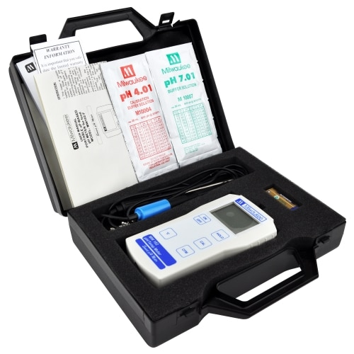 MILWAUKEE MW102-F DRAAGBARE VOEDSEL PH + TEMP METER KIT